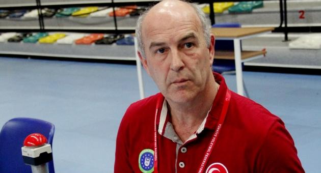 Fenerbahçe'nin yeni antrenörü Jan De Brandt