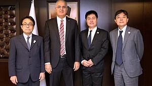 Japon Temsilciler, Üstündağ'ı Ziyaret Etti