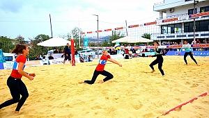 Temsilcilerimiz 2017 Balkan Plaj Voleybolu Şampiyonası'nda Yarı Finale Yükseldi
