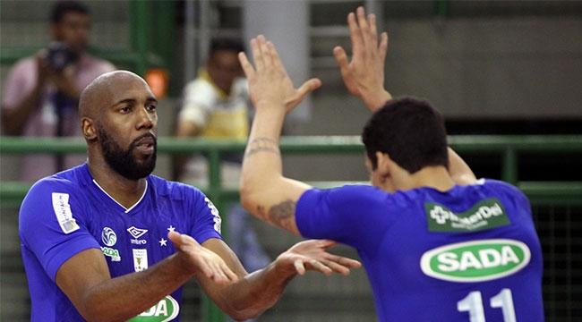 Brezilya derbisinde gülen Sada Cruzeiro