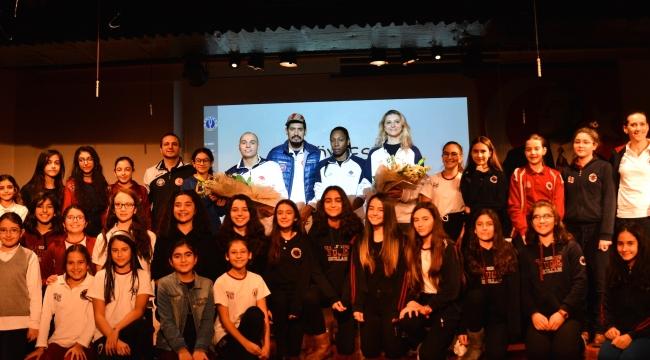 Halkbank Yüce Okullarında; Spor hayattır