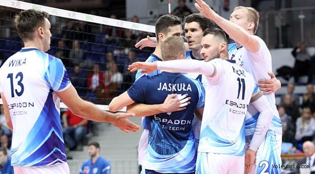 Polonya'da Espadon Szczecin 3. sıraya yükseldi