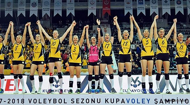 Bayanlar Kupa Voley'de Şampiyon VakıfBank!..
