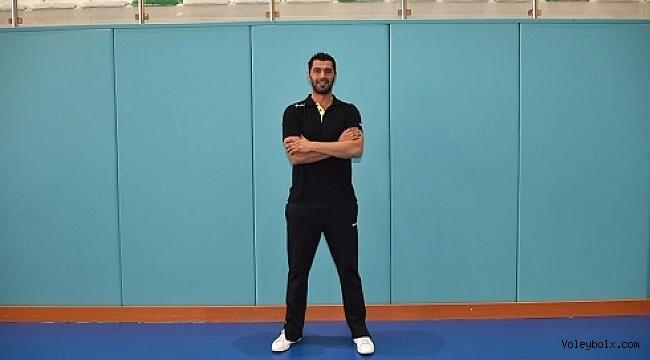 İzmir BŞ'nin yeni antrenörü Serdar Semerci