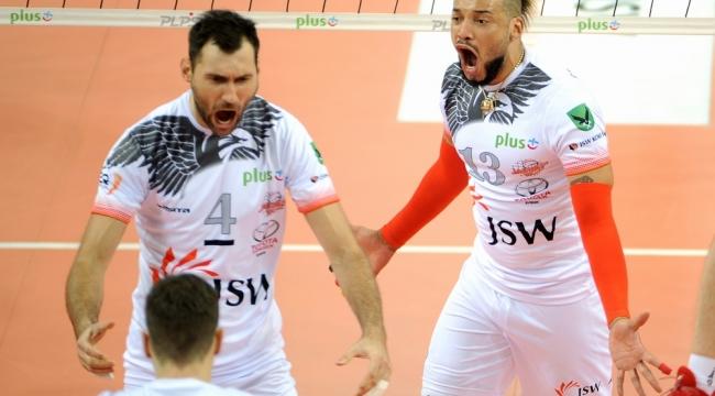 Skra Belchatow, evinde Jastrzebski Wegiel'e 3-2 kaybetti...