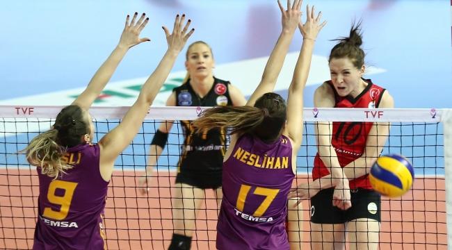 Vakıfbank, Galatasaray'ı ligde de 3-1 yendi