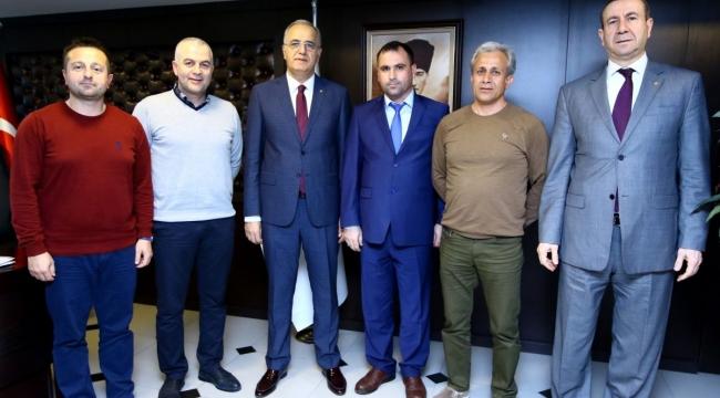 Aydın Voleybol İl Temsilciliği, TVF Başkanı Mehmet Akif Üstündağ'ı Ziyaret Etti