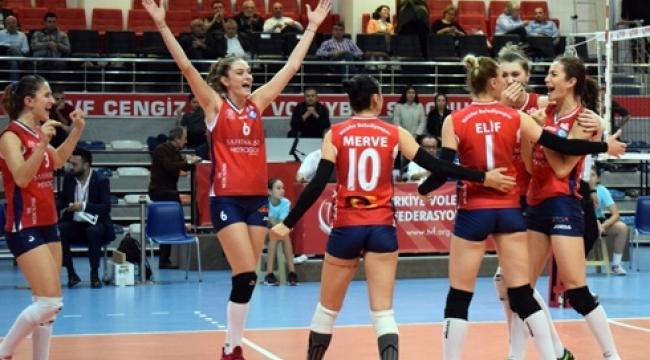 Nilüfer Belediyespor 5 sette kazandı...