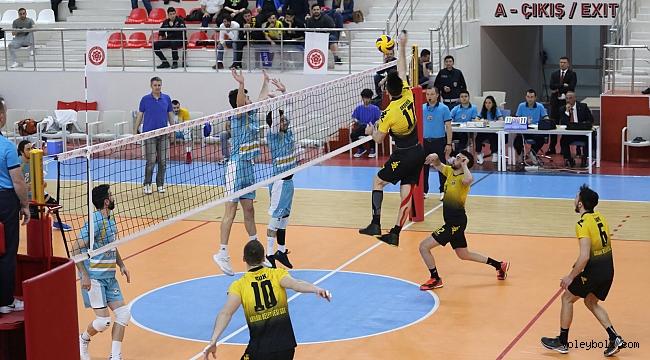 Arhavi Belediyespor yarı finale galibiyetle başladı