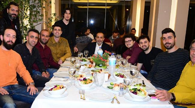 Galatasaray Erkek Takımı yemekte bir araya geldi