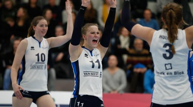 Hollanda'da ilk maç Sliedrecht Sport'un..