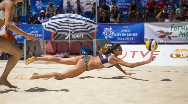 FIVB Plaj Voleybolu Dünya Turu Aydın Etabı'nda Finalistler Belli Oldu