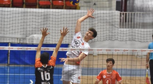 Genç Erkekler Türkiye Şampiyonası'nda Final ve Klasman Maçları Oynandı