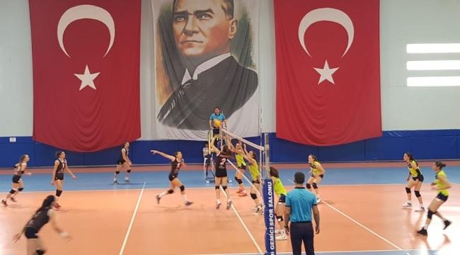 Genç Kızlar Türkiye Şampiyonası'nda İkinci Etap Karşılaşmaları Başladı