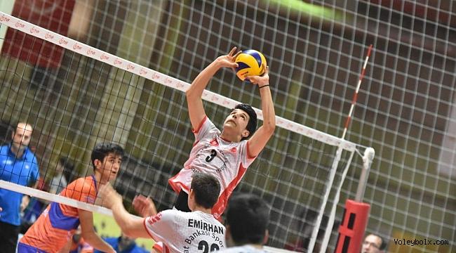 Küçükler Türkiye Şampiyonası'nda Final ve Klasman Karşılaşmaları Devam Ediyor