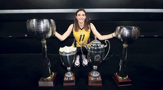 Naz Aydemir Akyol: Mutluluğum hayallere sığmayacak kadar büyük