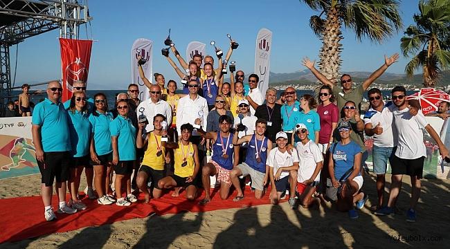18 Yaş Altı Plaj Voleybolu Türkiye Şampiyonası Sona Erdi