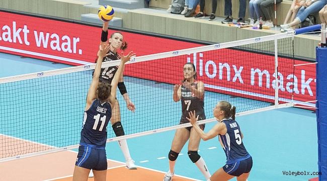 A Bayan Milli Takımımız, İtalya'ya 3-1 Mağlup Oldu
