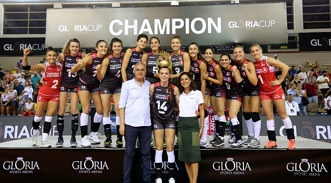 Filenin Sultanları, Gloria Cup Volleyball'da Namağlup Şampiyon !