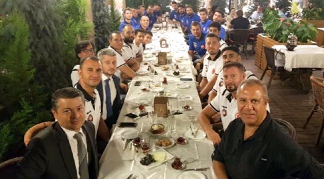 Halkbank'tan sezon başı yemeği