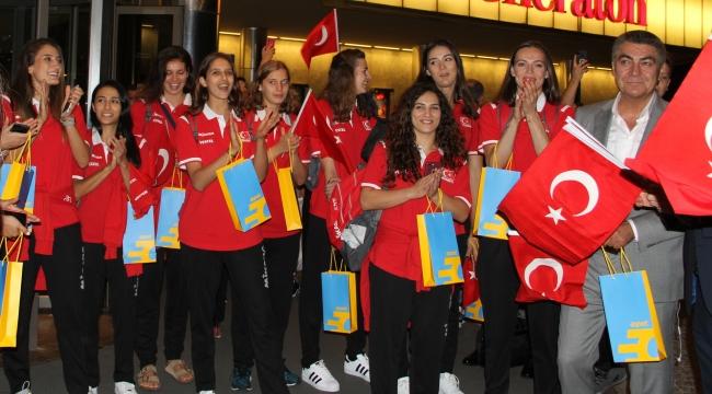 A Bayan Milli Takımımız, Dünya Şampiyonası İçin Japonya'ya Gitti