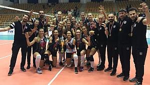 Beşiktaş, Namağlup Balkan Kupası Şampiyonu !