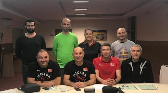 Altyapı Erkek Milli Takım Antrenörleri, Adana Altyapı Antrenörleri İle Buluştu