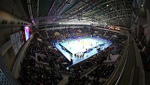 VakıfBank-Eczacıbaşı VitrA Şampiyonlar Kupası Finali'ni 6500 Kişi Seyretti