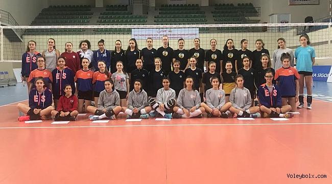 Altyapı Bayan Milli Takımları Sporcu Taramaları, İstanbul'da Yapıldı
