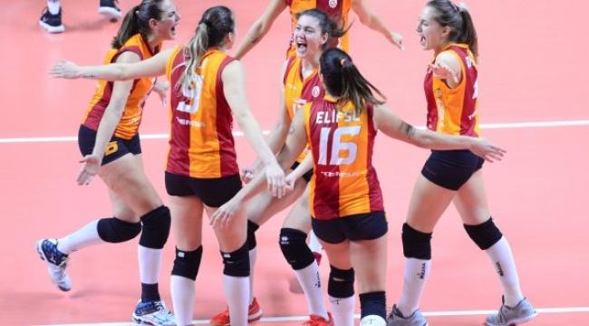 Galatasaray, Yenisei Krasnoyarsk deplasmanında