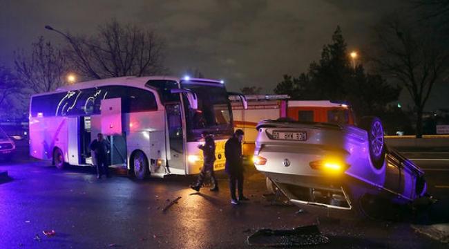 Ankara'da Zenit Kazan'ı taşıyan otobüs kaza yaptı