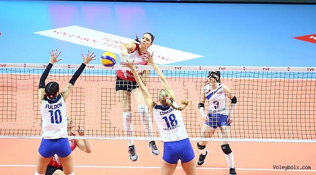 Türk Hava Yolları, Halkbank'ı 3-1 yendi...