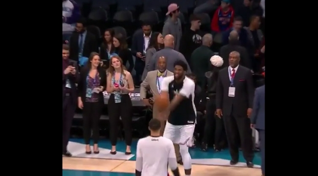 NBA All Star maçı öncesi voleybol oynadılar...