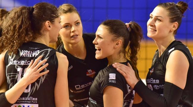 Polonya'da Micelli'nin takımı Rzeszow, Chiappini'nin takımı Pila'yı 3-0 yendi