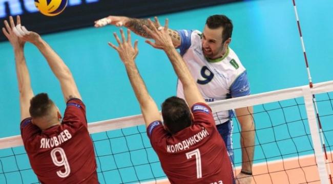 Zenit Kazan ve St. Petersburg derbi maçlarını kazandı