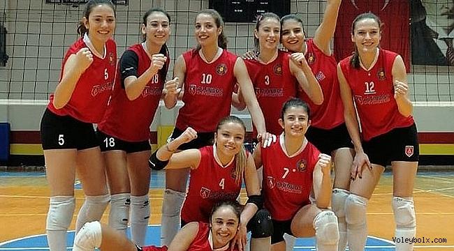 Altınbaş Üniversitesi Yeşilyurt Play-Off'a yükseldi