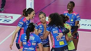 İtalya'da Imco 3-2 kaybetti, Novara 3-2 kazandı