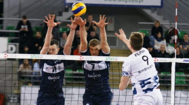 Polonya'da 2. sıradaki ONICO'dan 3-0'lık Bydgoszcz galibiyeti
