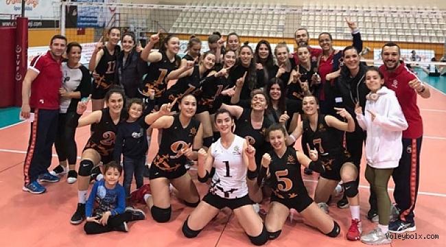 Rota Koleji İzmir şampiyonu oldu