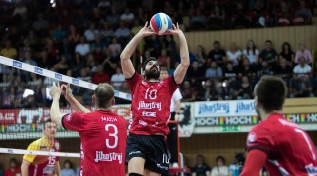 Çekya'da erkekler final serisi start aldı...