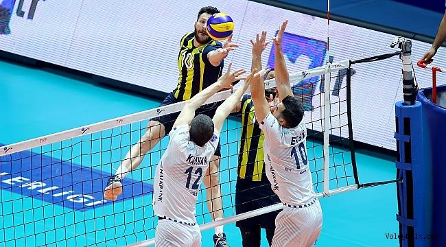 Halkbank'ı 3-1 deviren Fenerbahçe, adını finale yazdırdı...