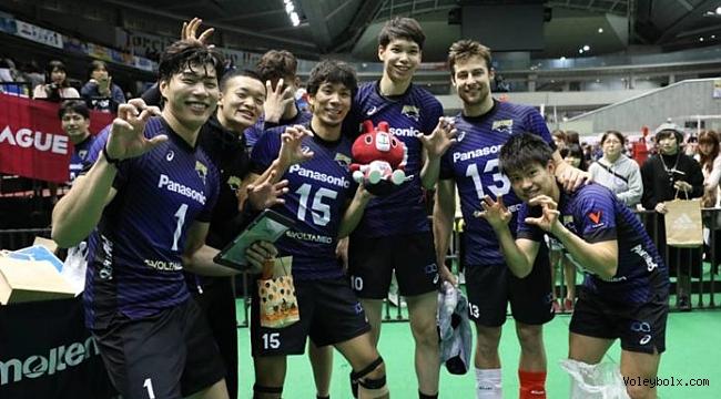 Japonya finalinde ilk round Panasonic Panthers'in: 3-2