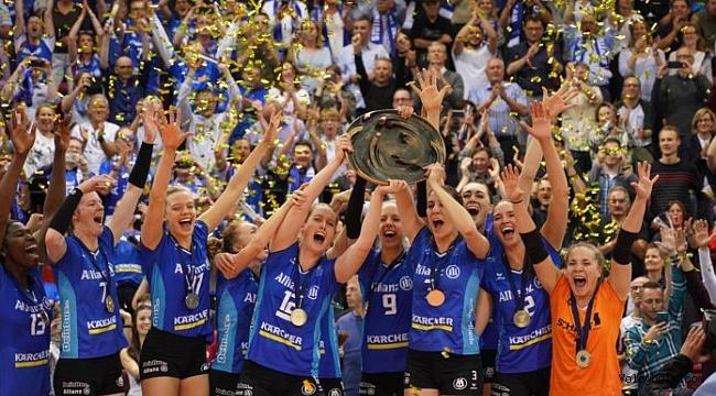 Almanya'da Allianz MTV Stuttgart şampiyonluğa ulaştı