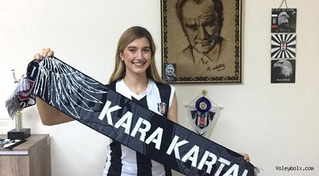 Arelya Karasoy Beşiktaş'ta devam ediyor...