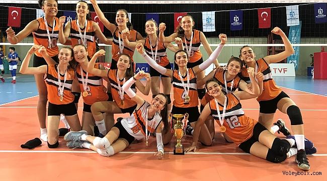 Eczacıbaşı Küçük Kız Takımı, Türkiye Şampiyonu