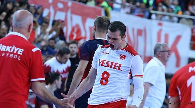 Efeler, Avrupa Altın Ligi'ne Galibiyetle Başladı