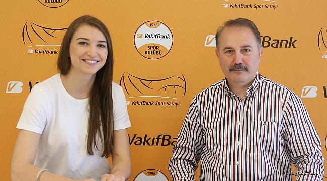 Meliha İsmailoğlu VakıfBank'ta