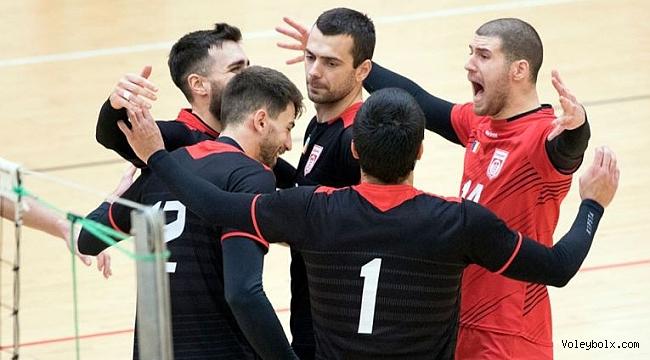 Romanya Kupası'nda Dinamo Bükreş – CS Arcada Galati finali