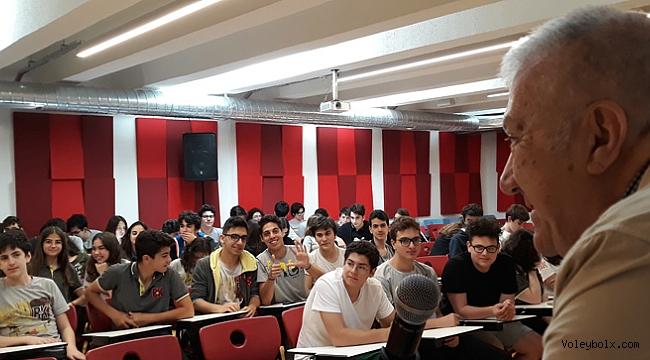 Tokgöz, Bahçeşehir Koleji'nde