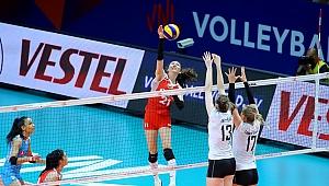 A Bayan Milli Takımımız, Belçika'ya 3-1 Mağlup Oldu
